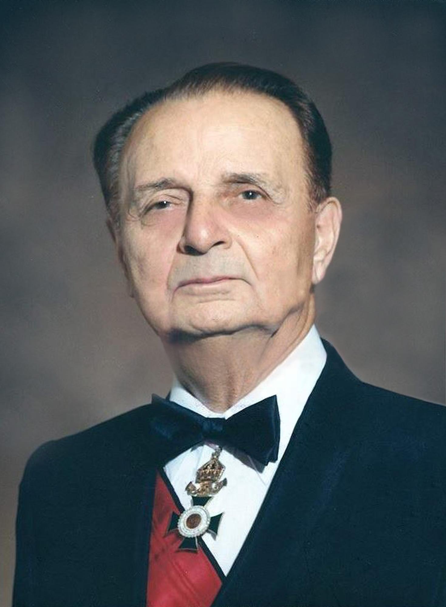 I. Dochev