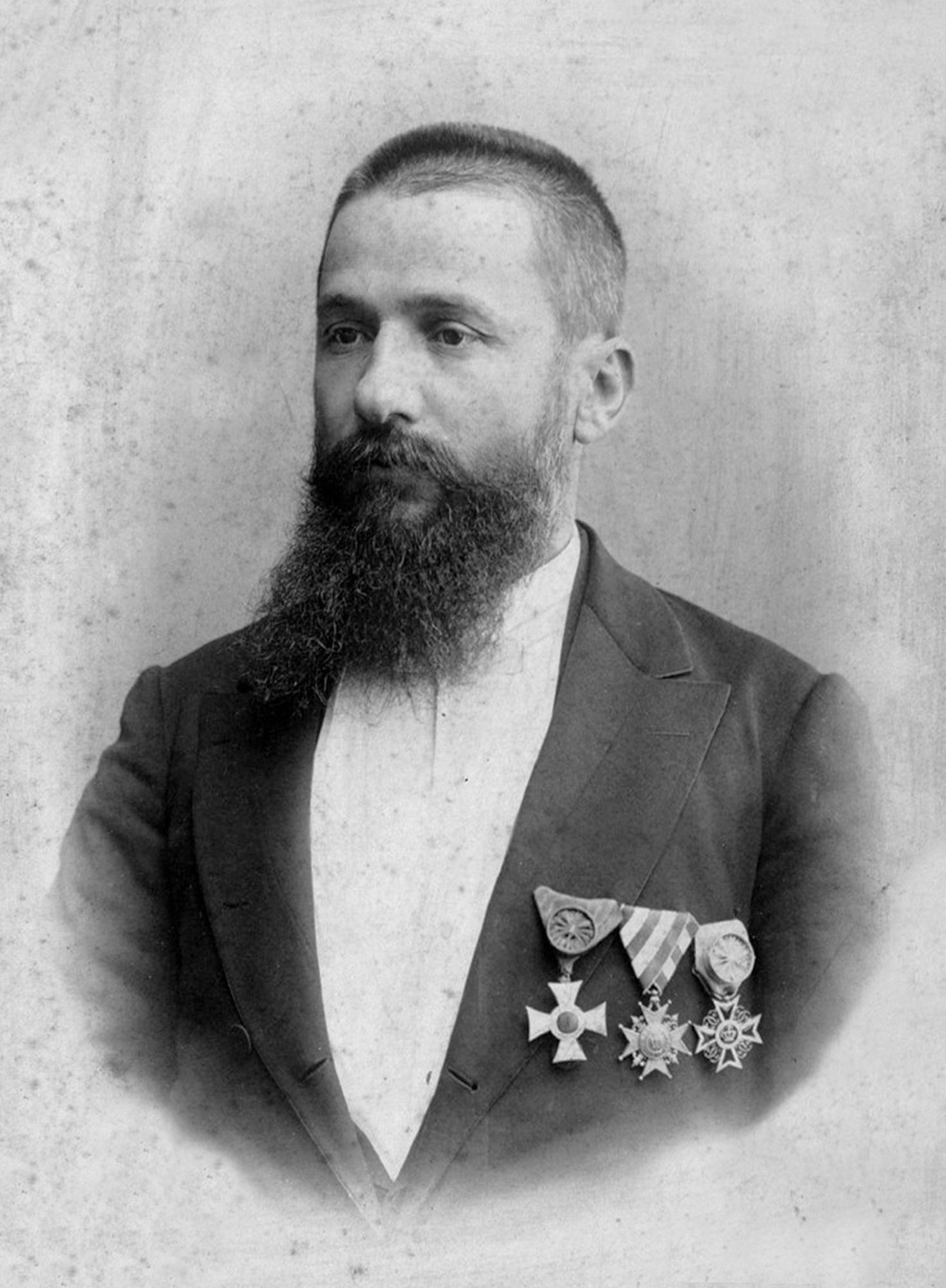 N. Obretenov